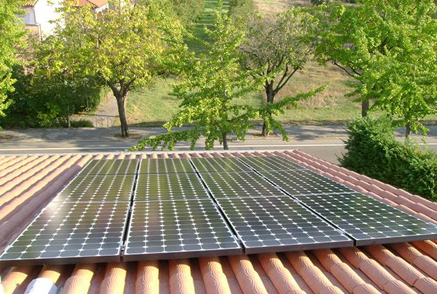 pannelli solari in una casa italiana