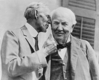 Picture of Henry Ford and Thomas Edison