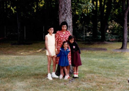Roshni and her sister and mother