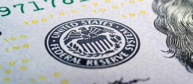 Un timbre de la réserve fédérale des Etats-Unis sur l'argent américain.