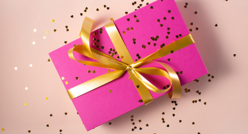 2019 Gift Guide: 8 Practical Gift Ideas for Journalists and Bloggers