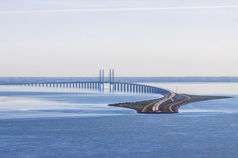 Artistic shot of the Øresund Bridge between Copenhagen and Sweden