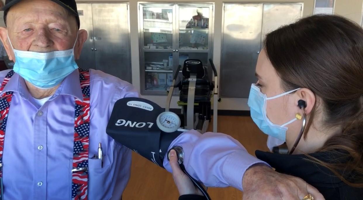 nurse-taking-blood-pressure