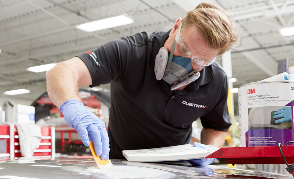 Chip Foose using the Bondo® filler