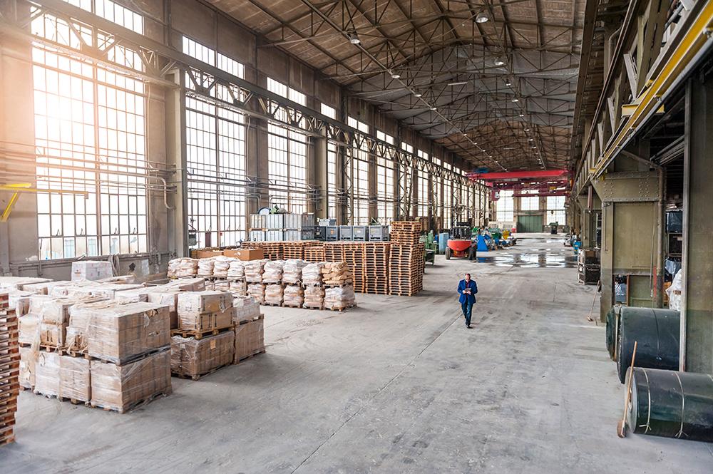 Un calendrier d'entretien industriel hivernal peut prévenir les perturbations des activités.