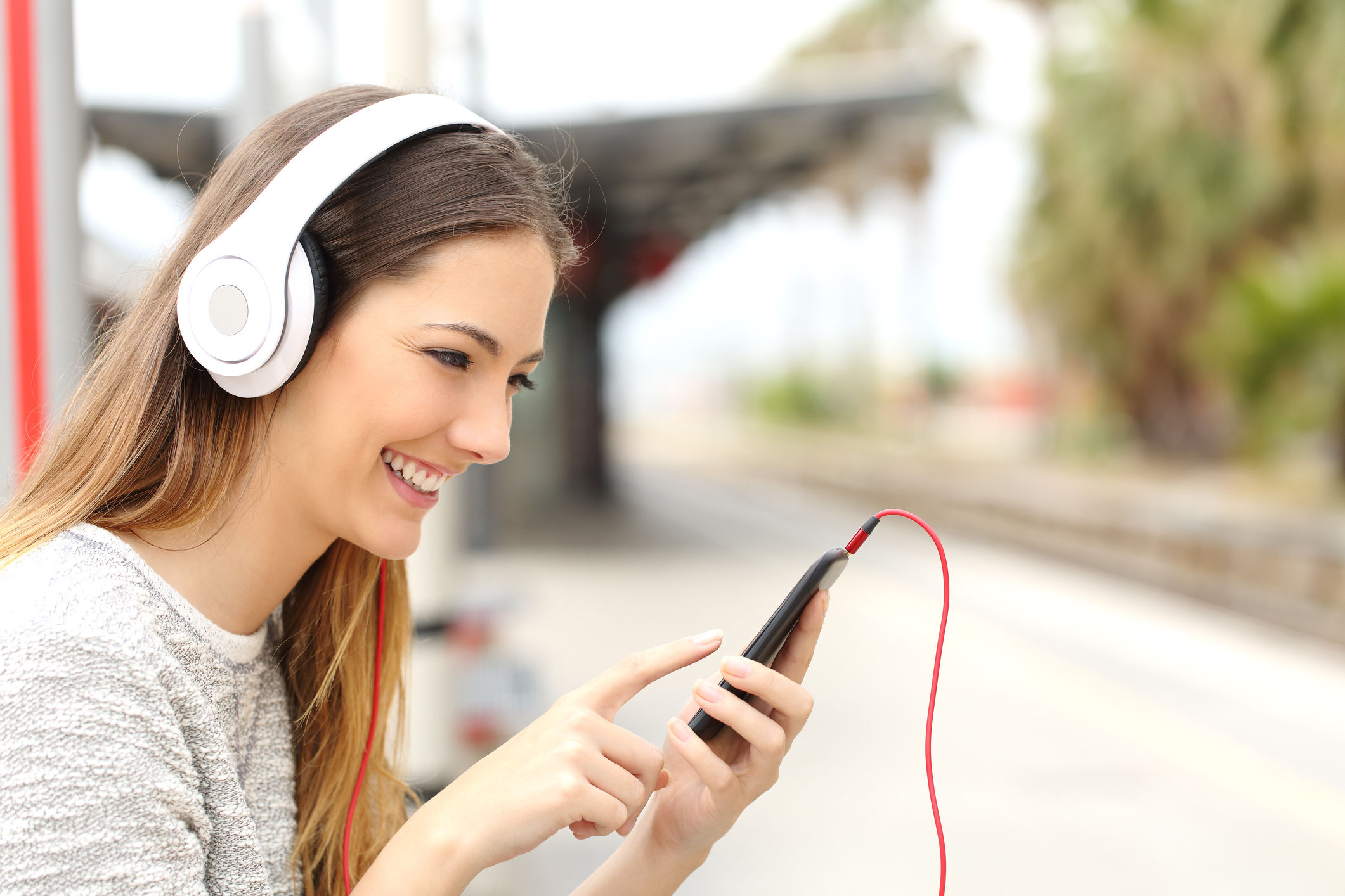 Pandora Introduces Programmatic Audio Advertising with AdsWizz: What to Know