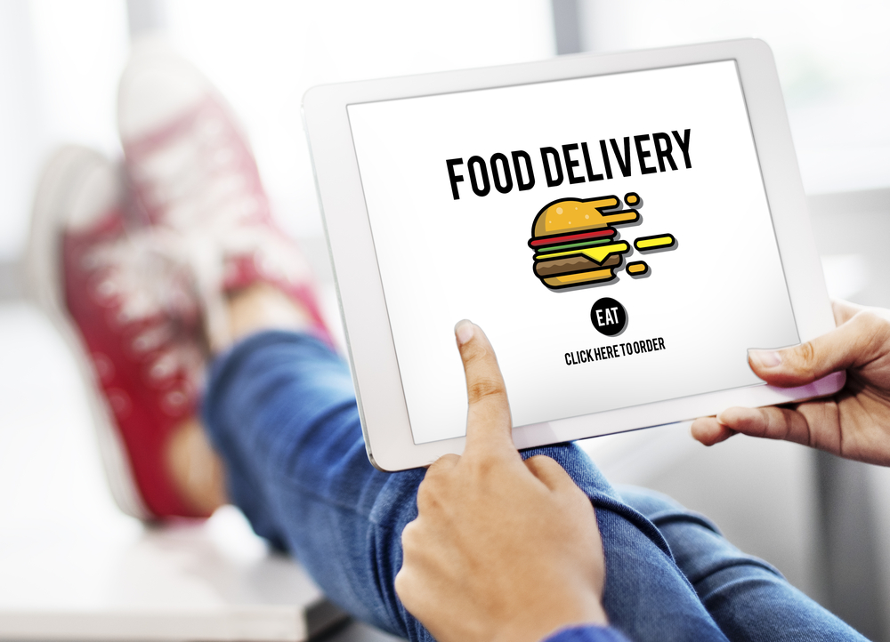 Shutterstock_430163620 Food Delivery Fast Food Unhealthy Obesity Concept