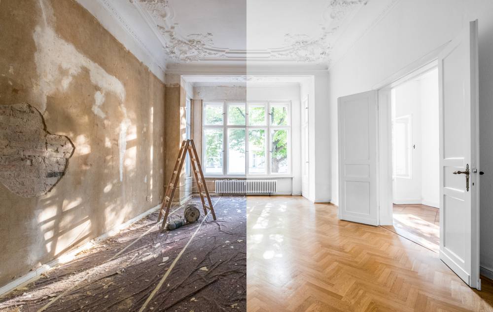 Shutterstock_1163474824  renovation concept - apartment before and after restoration or refurbishment -