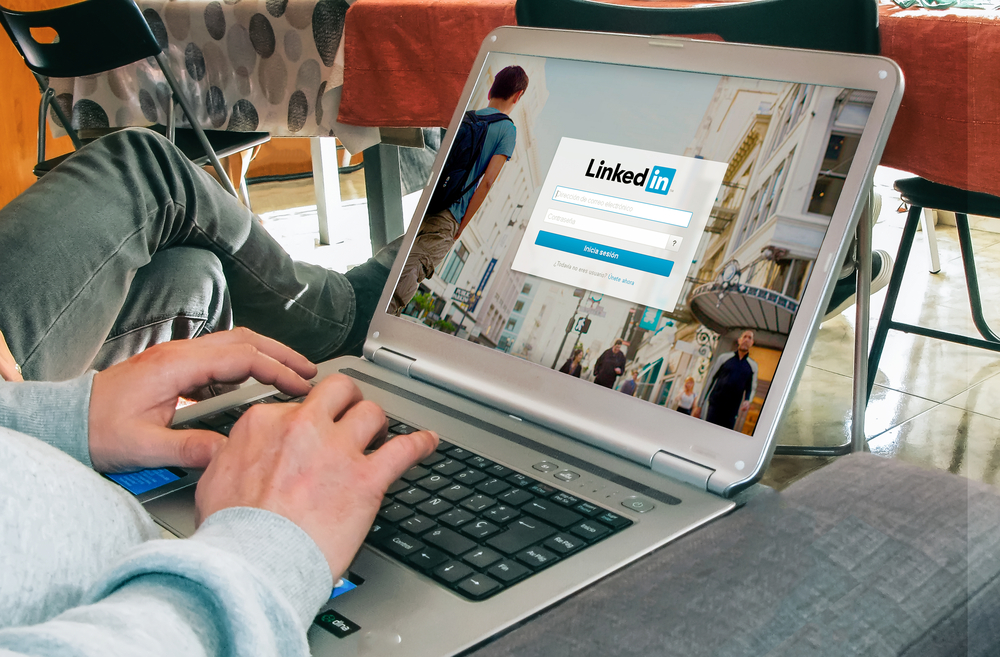 Shutterstock_555157105 BARCELONA, SPAIN - MARCH 27, 2016: LinkedIn login page in a laptop screen.  LinkedIn is a business and employment-focused social networking service that operates through websites.