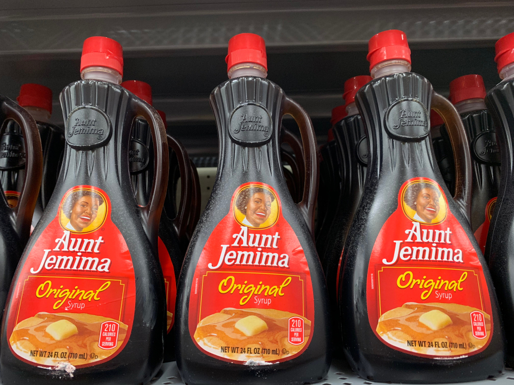 Shutterstock_1204866457 Phoenix, Arizona, October 14, 2018: Aunt Jemima Syrup Bottles on a Store Shelf
