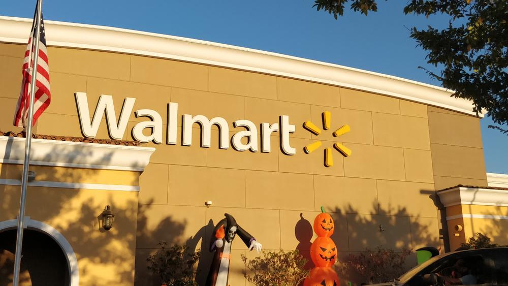Shutterstock_1539015713 San Diego, CA/USA - October 22 2019: The exterior of a Walmart around Halloween season.