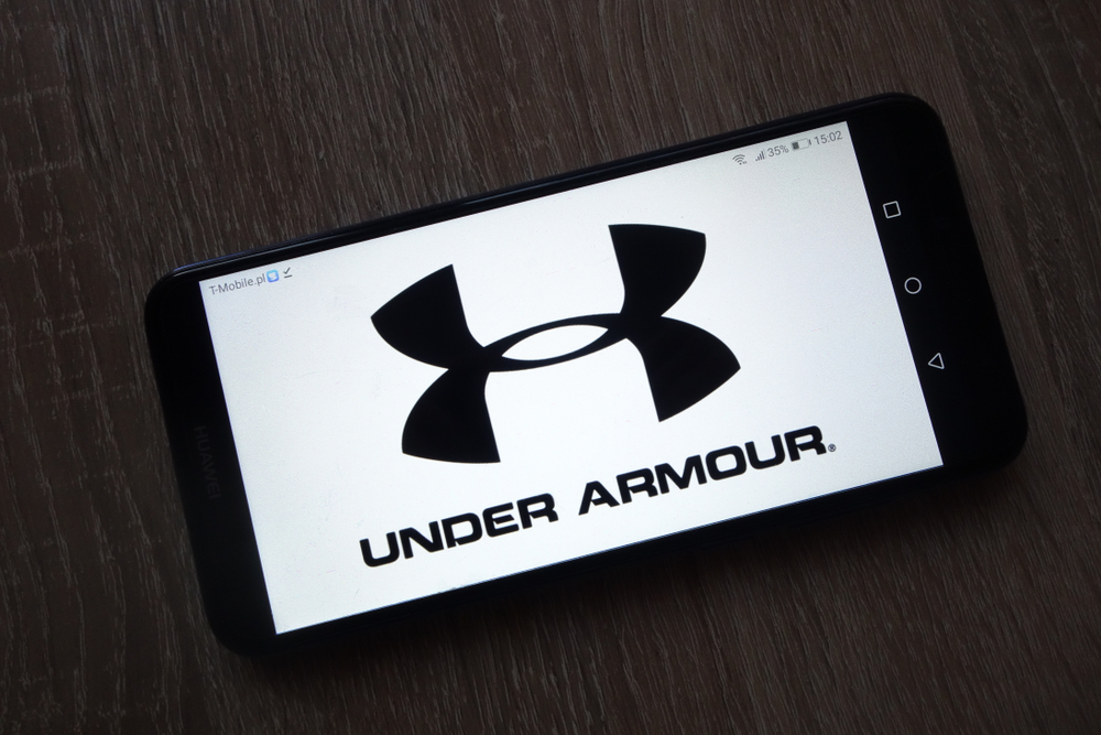 Shutterstock_1246881925 KONSKIE, POLAND - December 01, 2018: Under Armour Inc. logo displayed on smartphone