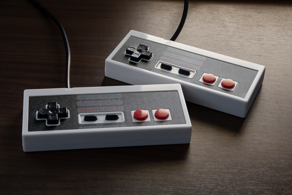 Shutterstock_1163777449 Retro Gamepad / Controller from the 80s