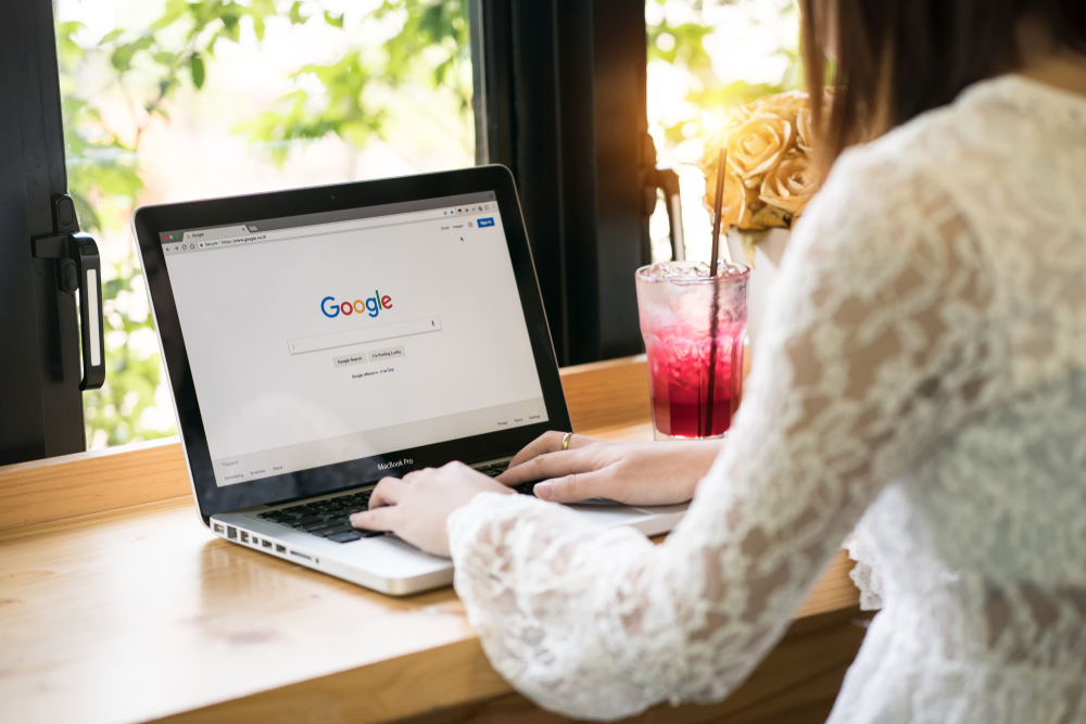 Shutterstock_1052496944 Bangkok. Thailand. March 22, 2017: A woman is typing on Google search engine from a laptop. Google is the biggest Internet search engine in the world.