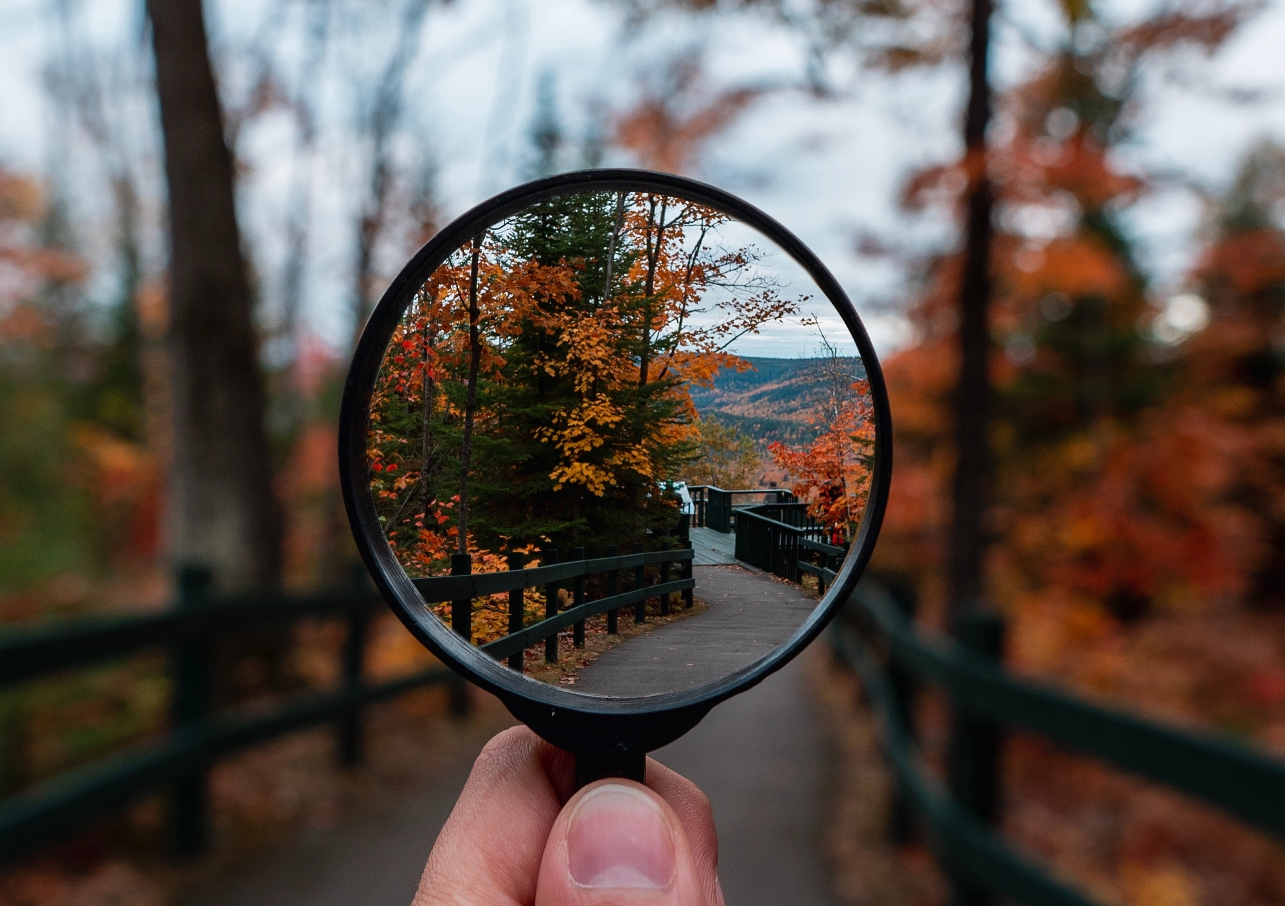 Magnifying glass point of view
