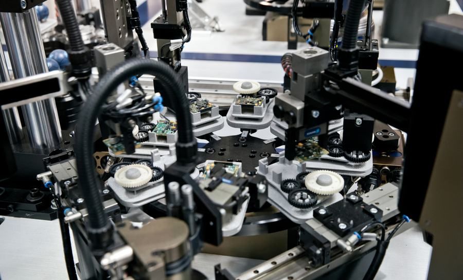 Mechatronic manufacturing system