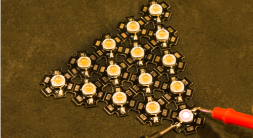 Cluster of diodes in the shape of a pyramid