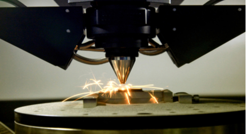 Machine working at manufacturing a metal component