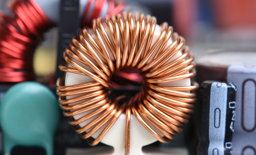 Large inductor in a PCB