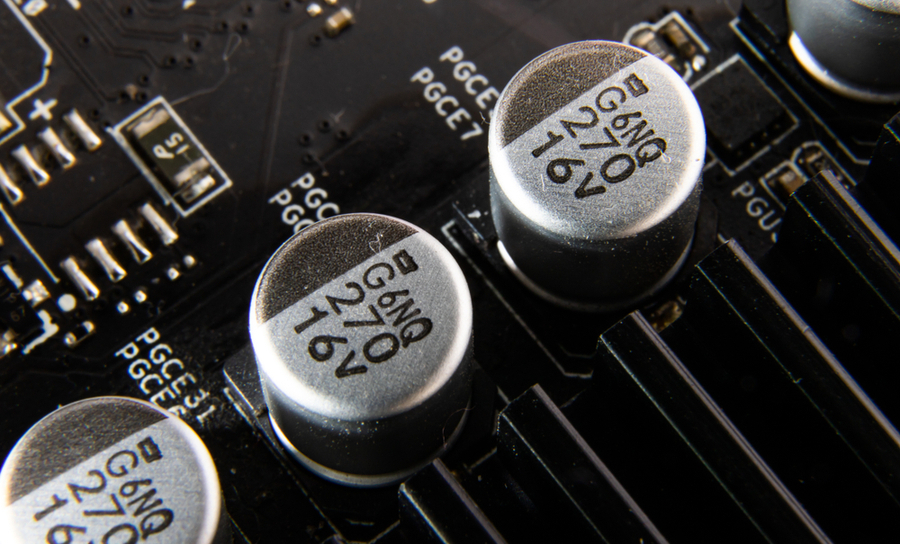 Capacitors on a VRM