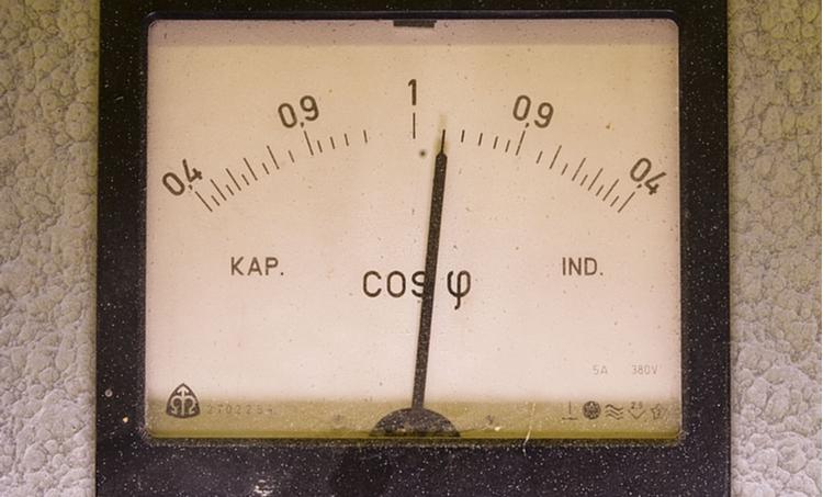 Meter showing power factor