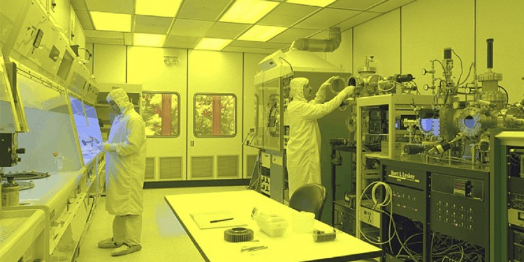A clean room for CMP and semiconductor fabrication.