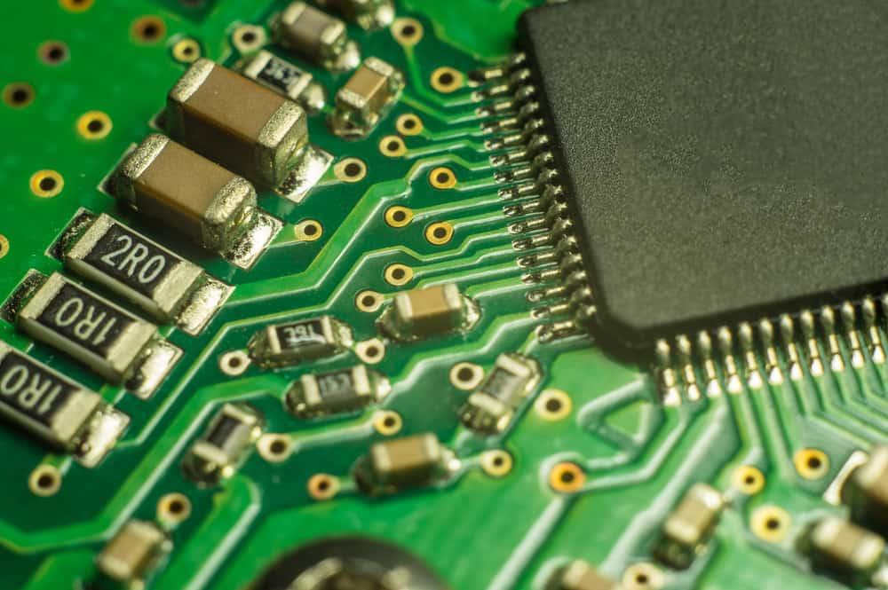 最佳零件放置的PCB组件方向注意事项