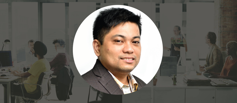 Kelly Revlin Liwanag