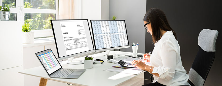 cfo working with an outsourced virtual accounting provider