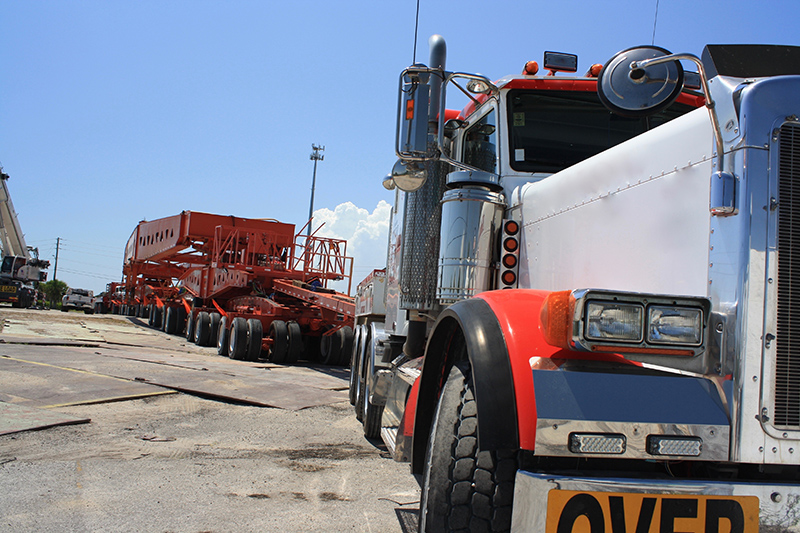 Image of a large super heavy haul semi-truck and trailer | TAB Bank