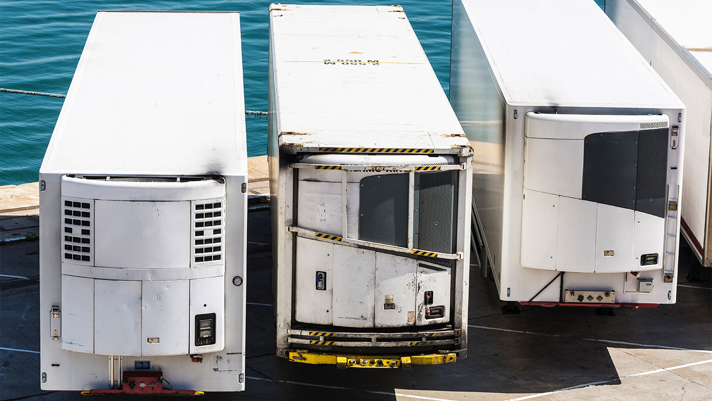 Refrigerated trailers and containers