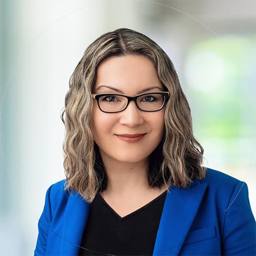 Photo of Yulia Barnakova — Heidrick Consulting