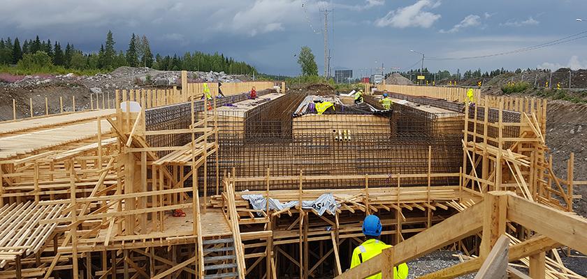 Bridge reinforcement on the Highway 4 site in Finland