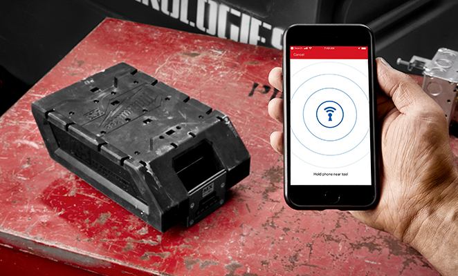 Milwaukee®'s REDLITHIUM™ XC406 Battery Pack can be tracked using the ONE-KEY app