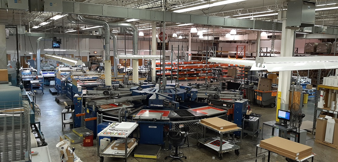 photo of large screen press inside RRD Labels' Milwaukee production site