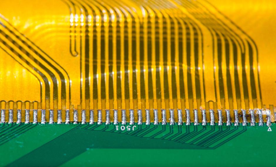 Materiale per circuiti stampati flessibili