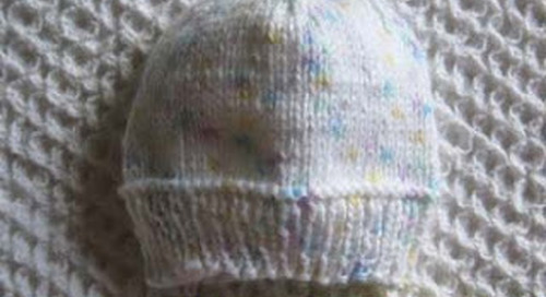 Knitting Blankets & Hats for Premature Babies
