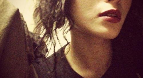 galacticshowersofserendipity:  #lips #deepred  Nice Rocket