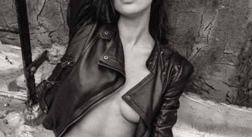 iluvskinnybitches:  lana zakocela  #hot