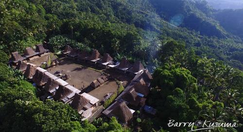 Tololela Flores Kampung Tradisional yang Menawarkan Keindahan Alam & Budaya.