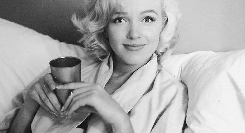 missmonroes:  Marilyn Monroe photographed by Milton Greene, 1953