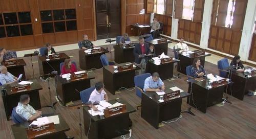 Senators meet briefly on governor's veto