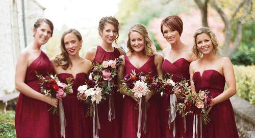 Tampil Memesona dengan 6 Tatanan Rambut Bridesmaid