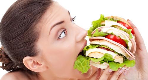 Selalu Ingin Mengunyah Makanan? Jangan-jangan Anda Cuma Lapar Mata