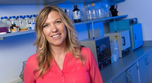 Brain Scientist Examines Neurons to Understand Anorexia and Obesity