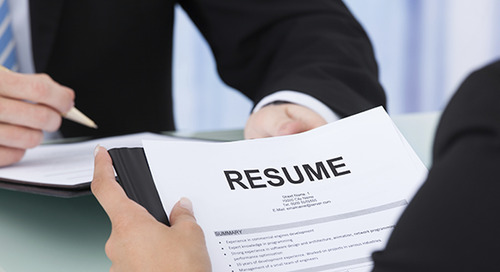 How to Write a Marketing Resume Hiring Managers Will Notice [Free Templates + Samples]