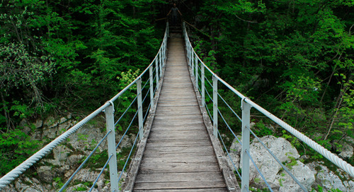 """How to Say """"No"""" Without Burning Bridges"""