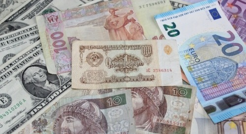How Much Money Can I Earn Teaching English Abroad?
