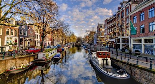 Mengunjungi Kota Amsterdam yang Memukau
