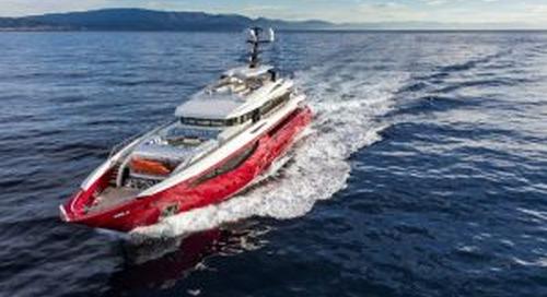 Ipanema: the world's biggest red yacht!